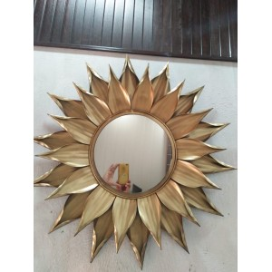Decorative Golden Leaf Metal Wall Mirror
