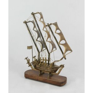 Brass Antique Ship Showpiece
