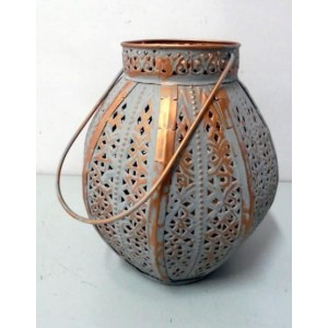 Glitz Metal Antique Brass Finish Vintage Style Lantern